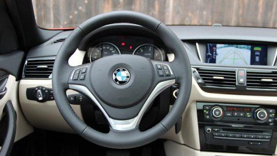 Autoradio GPS BMW x1 : un navigateur adapte à vos besoins